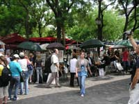 Visit the pavement artists on the Place du Tertre